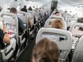 FOTO Pasažier spáchal v lietadle veľký hriech a poriadne ním znechutil ostatných cestujúcich