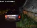 Košickí policajti prichytili dve opité vodičky: FOTO Jedna skončila pri plote rodinného domu