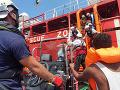 Talianska vláda nechce prijať z utečeneckej lode ani bábätká, podľa súdu tým porušuje zákon