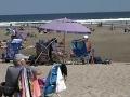 Ľudia oddychovali na pláži, keď sa zrazu strhla panika: Chlapec (13) dostal strašnú ranu!