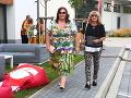 Renáta Názlerová si párty, kde sme ju stretli, užívala s kolegyňou Emíliou Lörinczovou.