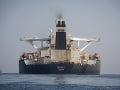Zadržaný tanker pri Gibraltári zmenil majiteľa: Iránska vláda ho predala aj s ropou na palube