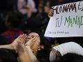 FOTO Protest proti násiliu voči ženám poznačili výtržnosti: Hnev smerovali na policajtov