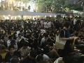 FOTO Dramatická situácia neutícha: V Hongkongu vyšli do ulíc opäť stovky demonštrantov