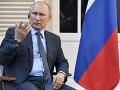 Rusi preveria údajné zasahovanie zahraničia do protestov: Putin obhajoval políciu