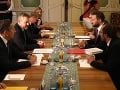 VIDEO Pellegrini rokoval s Vallom o problémoch Bratislavy: Vláda je pripravená pomôcť