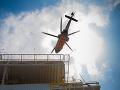 VIDEO Tragédia na gréckom ostrove Poros: Vrtuľník sa zrútil do mora, zahynuli traja ľudia