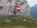 Dramatický pád v Tatrách: Turista sa zrútil 20 metrov, pomáhali s vrtuľníkom