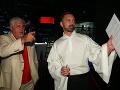 Režisér a humorista Oliver Andrásy s režisérom a scenáristom filmu Kto je ďalší? Mirom Drobným.