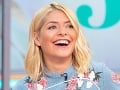 Holly Willoughby moderuje reláciu This Morning.