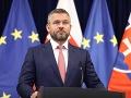MIMORIADNE Opozícia ide odvolávať Pellegriniho vládu: Ficova drsná reakcia na obranu premiéra