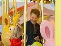 Zmenený Bradley Cooper vzal svoju princezničku do zábavného parku.