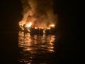 VIDEO Hrôza pri brehoch Kalifornie: Výletnú loď zachvátil požiar, neprežilo zrejme 34 ľudí