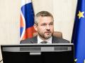 Vláda s odvolaním premiéra Pellegriniho nesúhlasí, mimoriadna schôdza bude v piatok