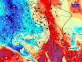 Čierne čiary sú izobary tlaku vzduchu prepočítaného na hladinu mora a farebnou škálou teplota v hladine 925 hPa (700-800 m n.m.) z modelu ALADIN.