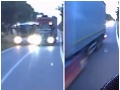 Sekundy od tragédie: VIDEO Kamión cez plnú čiaru predbiehal autobus, životy nevinných viseli na vlásku