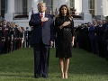 Donald Trump a Melania Trump počas minúty ticha