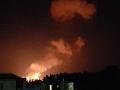 VIDEO Opakované výbuchy na Cypre: Vojenskú oblasť zachvátil požiar