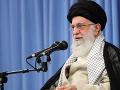 Iránsky vodca s upozornením: Teherán si trúfa, chce znova porušiť jadrovú dohodu