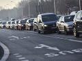 Pekelný piatok na cestách v hlavnom meste: Vodiči sa zdržia pre nehody aj kolóny
