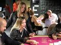 Zuzana Haasová s dcérou si vyskúšali aj hazard pri stoloch.