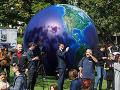 Celosvetový štrajk hýbe planétou: Päťtisíc Slovákov v uliciach, Berlín protestoval na bicykloch