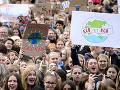 Aktivisti žalujú nemeckú vládu: Dôvodom je slabý zákon o ochrane klímy