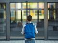 Rodičia (32, 33) si zarobili na poriadny problém: Za záškoláctvo detí im hrozí vysoký trest