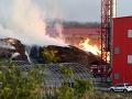 FOTO Východné Slovensko vydesil požiar: Hasiči v pohotovosti, pomáhajú aj dobrovoľníci