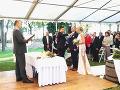 Svadba sa konala v úzkom rodinnom kruhu.