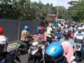 Indonéziu zasiahlo silné zemetrasenie: VIDEO Ľudia vybiehali v panike do ulíc, jeden mŕtvy