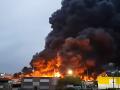 VIDEO V chemickej továrni vo Francúzsku vypukol mohutný požiar: Evakuácia a zákaz vychádzať von
