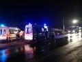 FOTO Taxikár pri Trenčíne nedal prednosť: Výsledkom sú štyri zranené osoby