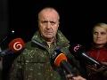Zostatky havarovanej stíhačky začnú prevážať pravdepodobne v pondelok, tvrdí minister Gajdoš