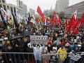 Na proteste v centre Moskvy sa zhromaždilo približne 20-tisíc ľudí