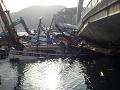 Zrútenie mosta v Taiwane si vyžiadalo štyroch mŕtvych: Po ďalších dvoch osobách pátrajú