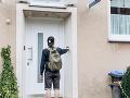 Žene niekto zazvonil pri dverách: FOTO Keď otvorila, naskytol je sa najohavnejší pohľad v jej živote