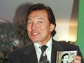 V Bratislave 22. januára1999 pred otvorením výstavy svojich obrazov predstavil aj svoje nové CD - Karel Gott - ROCKY mého mládí.