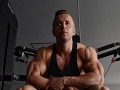 Bodybuilder Dominik začal súťažiť