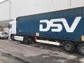Polícia našla v Belgicku v kamióne ďalších migrantov: V chladiarenskom aute ich bolo dvanásť