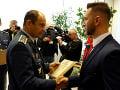 Minister obrany SR Peter Gajdoš na pôde rezortu obrany ocenil Ľuboša Hana a Lukáša Lendela.