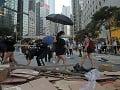 Protesty v Hongkongu trvajú už šesť mesiacov: Do ulíc veľkomesta opäť vyšli davy ľudí