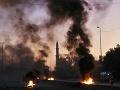 FOTO Počet obetí násilných protestov stúpol: V krajine by sa mali konať predčasné voľby
