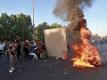 Krvavé protivládne protesty v Iraku: Počet obetí dosiahol už najmenej 100