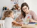 Učitelia si od nového roka polepšia: Platy sa im zvýšia presne o desať percent