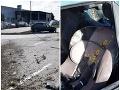 Matka sa počas šoférovania obzrela za svojím synčekom: FOTO O pár sekúnd havarovala
