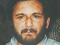 Mafián zvaný Prasa mučil a zavraždil priateľovo dieťa a stovky iných ľudí: Chce domáce väzenie