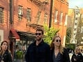 Liam Hemsworth so svojou novou frajerkou Maddison Brown.