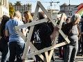 Tisícky ľudí demonštrovali v Berlíne proti antisemitizmu a násiliu