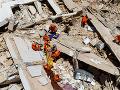 Z trosiek budovy v Brazílii vytiahli už niekoľko ľudí: FOTO Hlásia jednu obeť